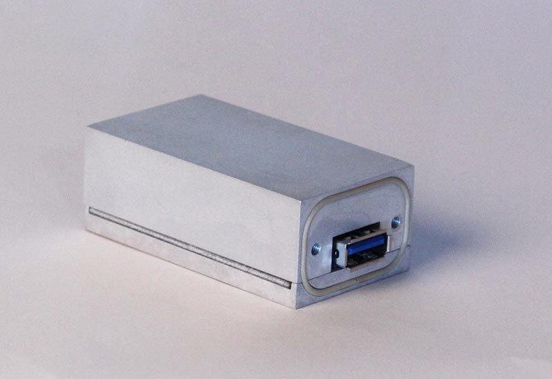 Shielded LAN-USB Feedthru Filters (RI 4192 USB 3.0 Feedthru Filter)